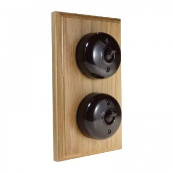 2 Gang Bakelite Switch - Unfinished Oak